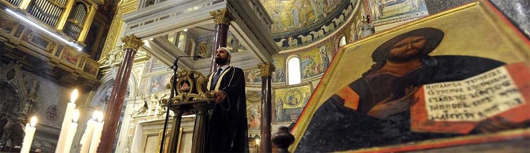 Imam in chiesa, Santa Maria in Trastevere, Roma