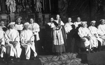 Milano, anni '40. L'arcivescovo card. Alfredo Ildefonso Schuster fra i