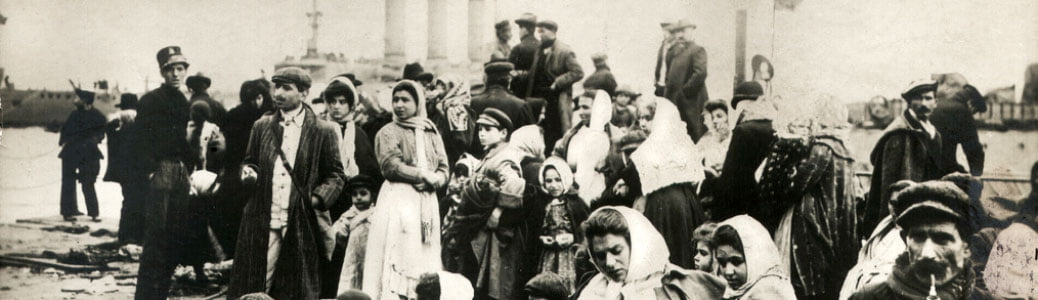 Emigranti italiani, libro storia