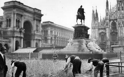 Milano, 1943. Piazza Duomo e Galleria Vittorio Emanuele, orti di guerra. #150Galleria