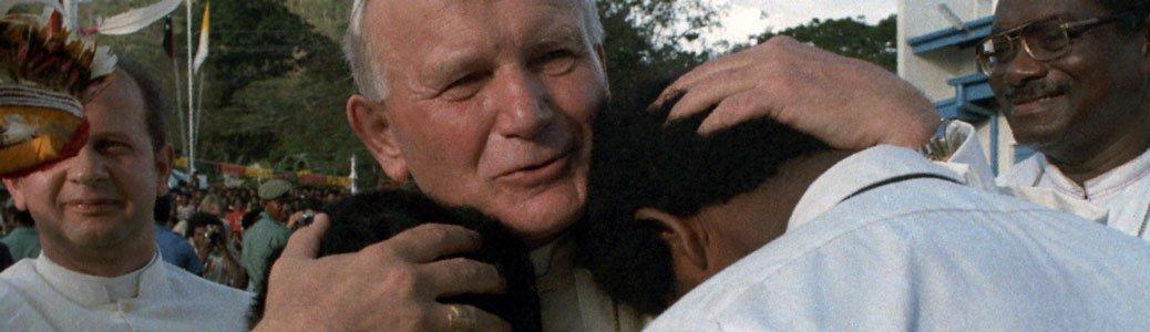 Giovanni Paolo II, Familiaris consortio: famiglie, migranti, educazione