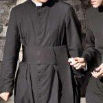"""Certo che no. La """"sopportabilità"""" di san Bonaventura: i sacerdoti sono uguali sull'altare, ma non dietro"""