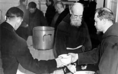 Dacci oggi il nostro pane quotidiano. Padre Francis Solanus Casey, negli USA il frate dei poveri durante la Crisi del 1929. Nato il 26 novembre 1870, è beato dal 18 novembre 2017. #PadreNostro