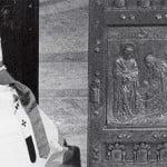 La Porta Santa, Pio XII e la guerra alle porte