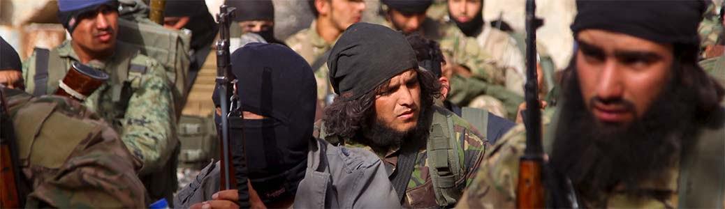 Soldati del Fronte al Nusra, Jabhat al-Nuṣra, nei pressi di Ariha, Siria