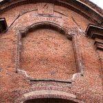 """Milano fra binari, storia e devozione. Chiesa di Santa Maria della Sanità: il """"violoncello"""" e il santo maronita /4"""