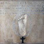 Impronta del piede di Gesù Cristo (vestigium pedis), chiesa di San Tomaso in Terramara, Milano