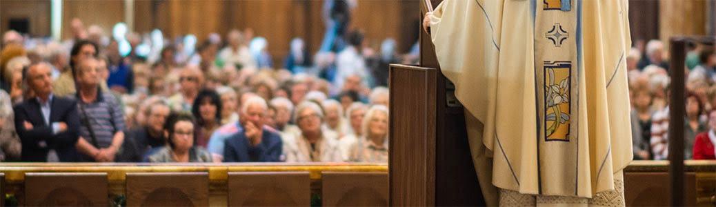 Persone chiesa, Messa