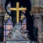 Ambiente, migranti e Notre-Dame. Fiamme di uno stesso fuoco