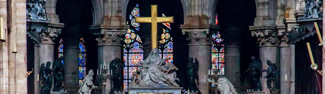 Notre-Dame, croce
