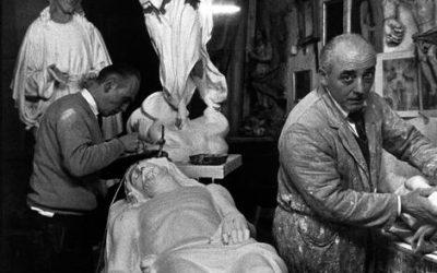 Napoli, 1966. Arte e Resurrezione. © Bruno Barbey.
