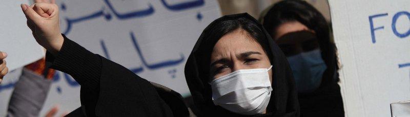 Afghanistan, donne, manifestazioni